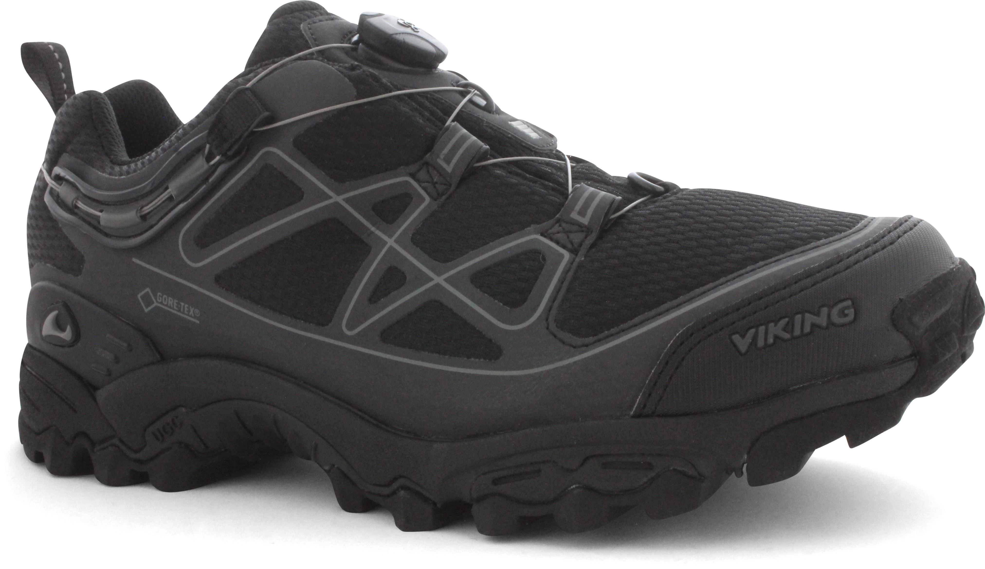 skor med uppbyggd hålfot